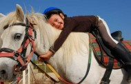 Esta primavera, intensivos de natación, paseos a caballo y deporte en familia