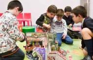 Los viernes, talleres para niños en la Biblioteca Rafael Azcona