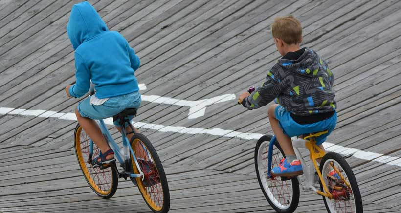 Talleres, circuitos y gymkhanas sobre ruedas en la Gran Vía