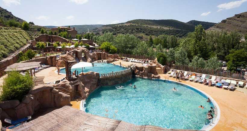El-barranco-perdido-piscinas