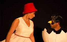 'Los cuervos no se peinan' aterrizan este sábado en Teatrea