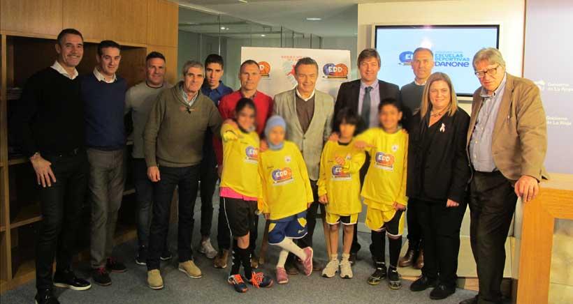 La Escuela Deportiva Danone continúa apoyando a los niños del colegio Madre de Dios