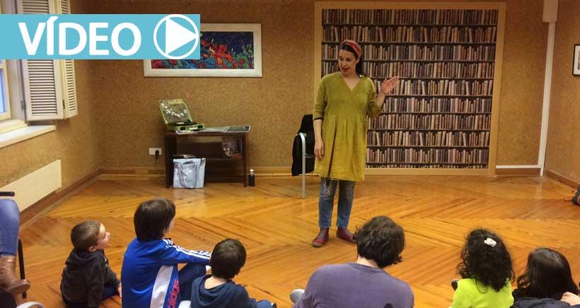 Alicia Bululú inaugura una nueva edición de 'Los cuentos de la biblioteca'