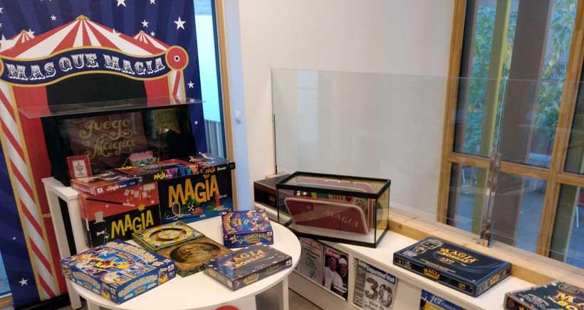 Exposicion-de-magia-en-la-biblioteca