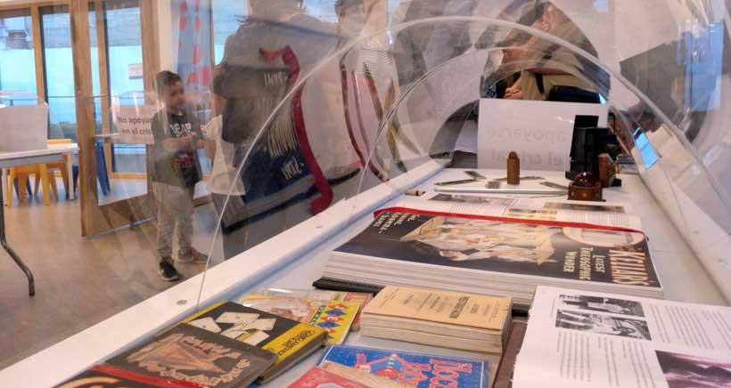 Exposición de magia en la Biblioteca de La Rioja