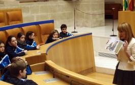 El Parlamento de La Rioja contado a los niños