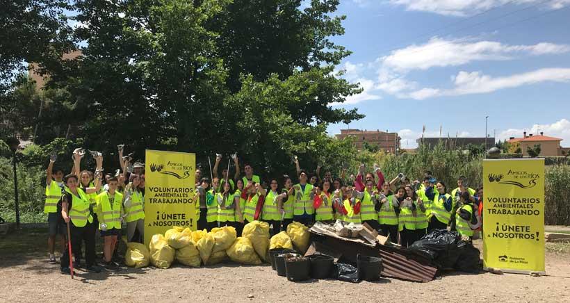 Conviértete en voluntario ambiental limpiando el río Iregua