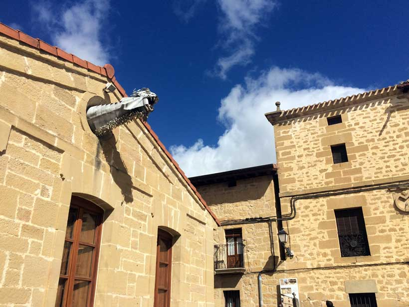 Dragon-ayuntamiento-Sajazarra