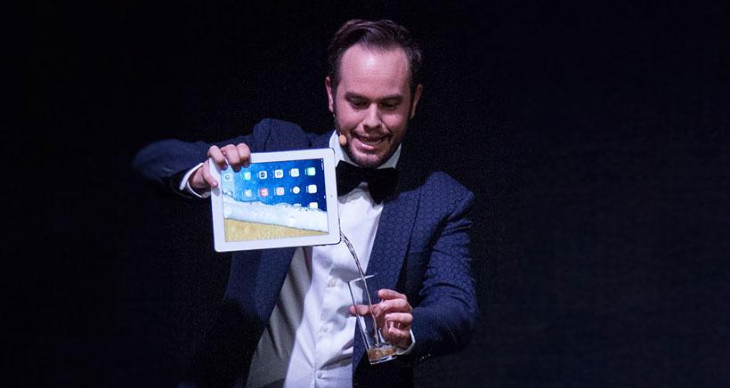 El mago Jorge Blass actuará en el Teatro Bretón