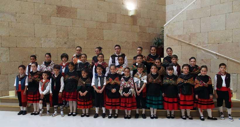 22 niñas y 14 niños representarán a Logroño en San Bernabé