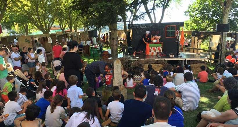 Actuacion-infantil-Mercado-del-Trato