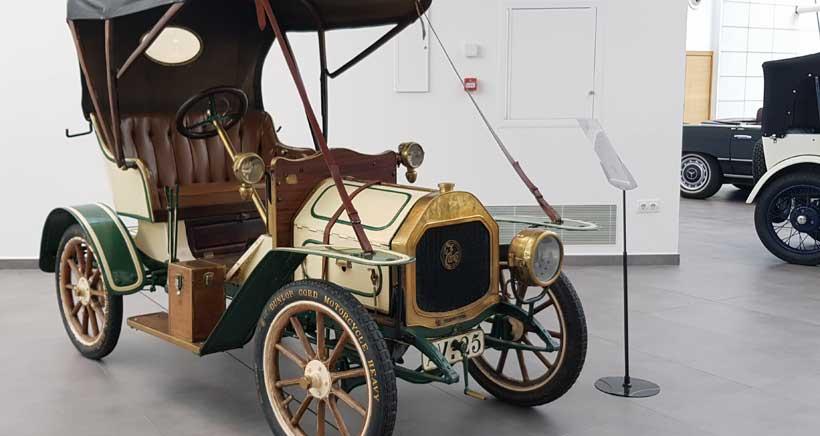 Exposición de coches clásicos en el Museo Würth