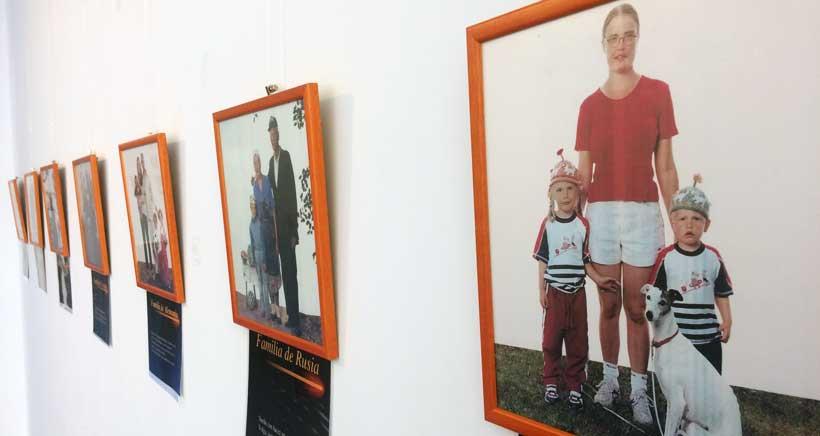 Exposición fotográfica sobre familias del mundo