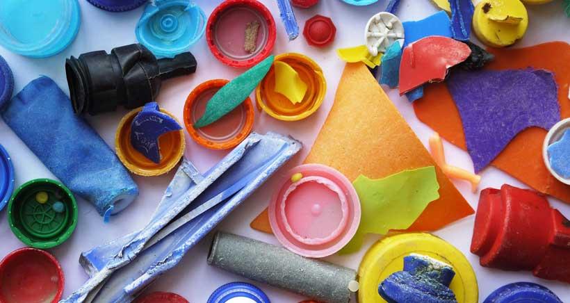 Residuos convertidos en juguetes