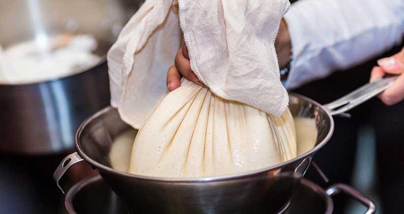 Aprende a elaborar tu propio queso en Villoslada