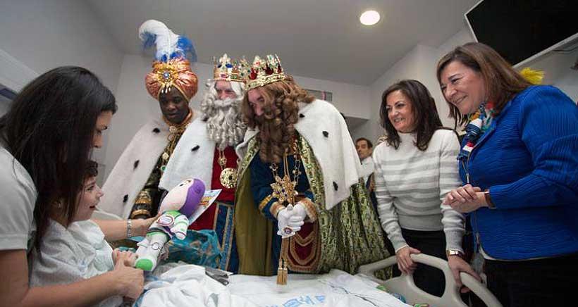 Visita-Sus-Majestades-de-Oriente-Hospital-San-Pedro