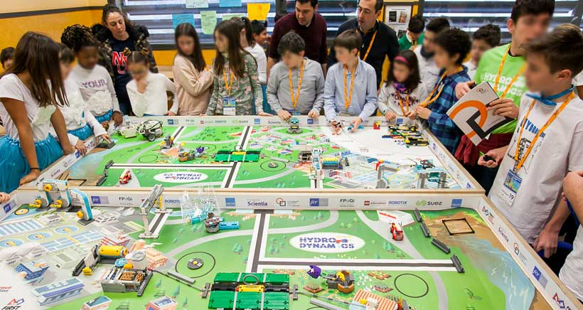 Asiste a los torneos robóticos de la First Lego League