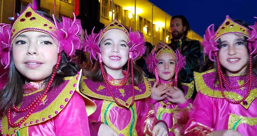 Carnaval-Logrono-Plaza-del-Ayuntamiento6