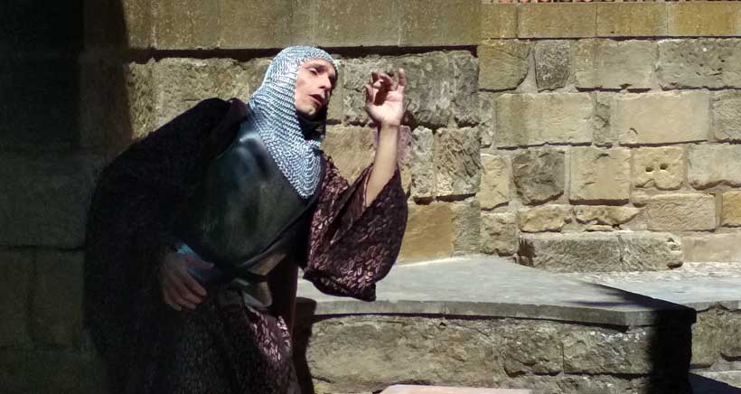 Viana muestra sus 800 años de historia en las nuevas rutas teatralizadas