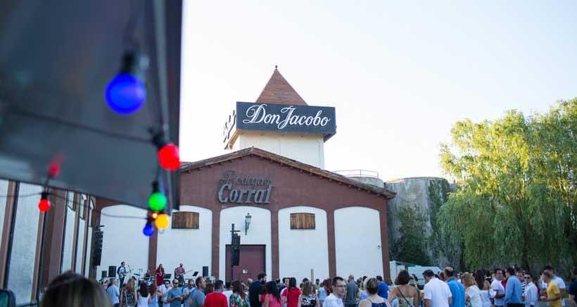 La fiesta del verano se vive en Bodegas Corral