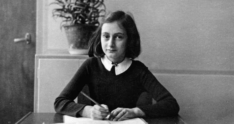 Exposición sobre Ana Frank, en la biblioteca Rafael Azcona