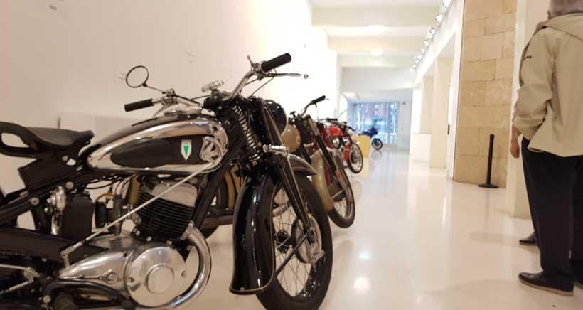 Una exposición de 30 motos clásicas te esperan en el Ayuntamiento de Logroño