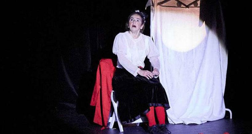 Música, monólogos y teatro, en la programación del fin de semana en la Sala Negra
