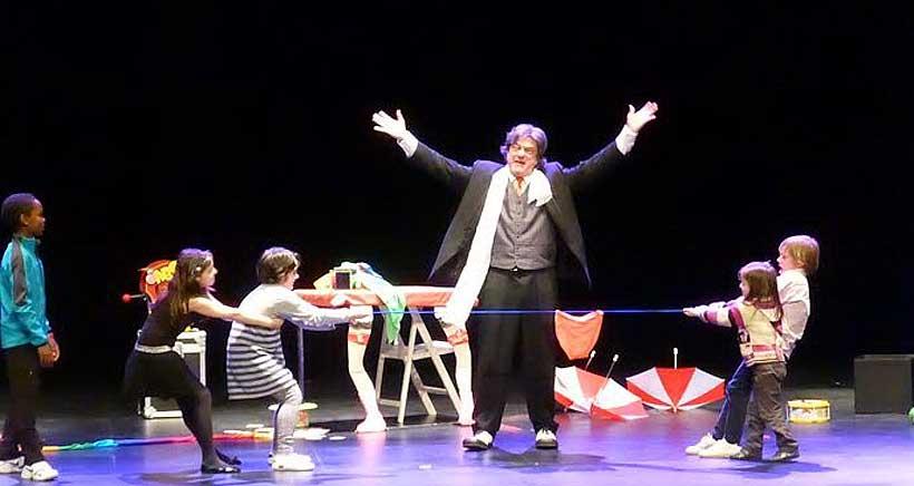 Actuaciones de magia para público familiar