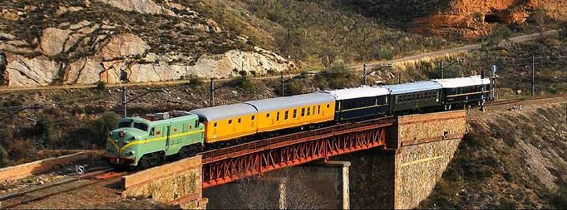 El Tren Azul, uno de los últimos trenes históricos, llegará este sábado a Haro