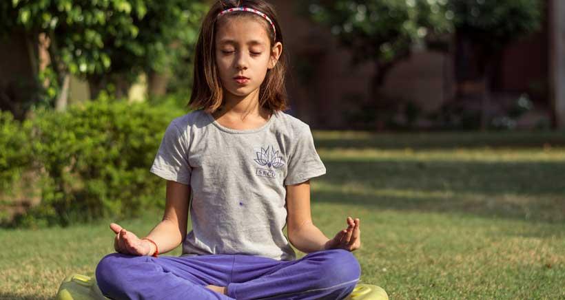 Taller de yoga infantil gratuito en Obstetrix