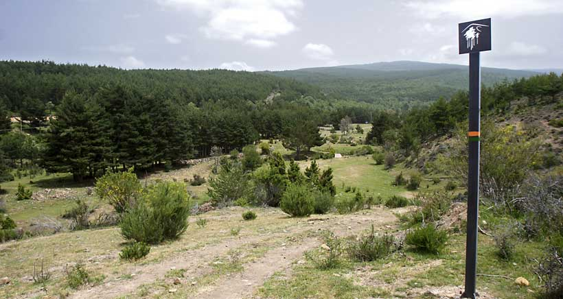 Apúntate a hacer senderismo con niños por La Rioja