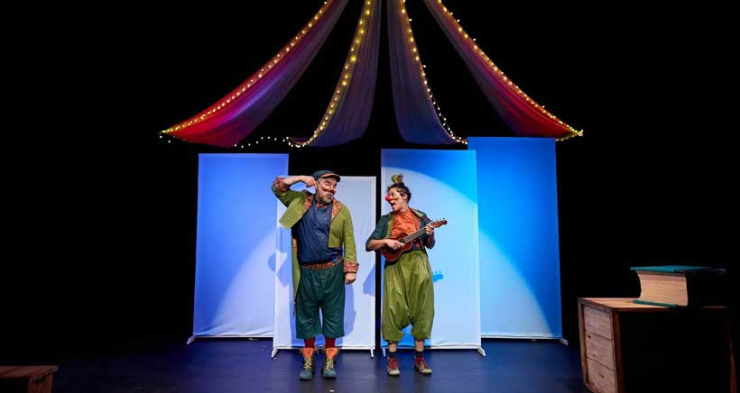 'Un día en el teatro', un ritual de iniciación al mundo del teatro