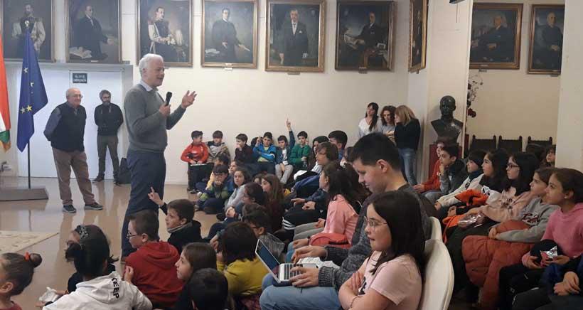 El Ayuntamiento abre sus puertas a los colegios