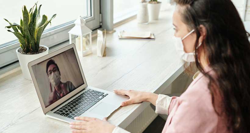 Obstetrix organiza una videoconferencia para resolver tus dudas sobre embarazo, parto y lactancia