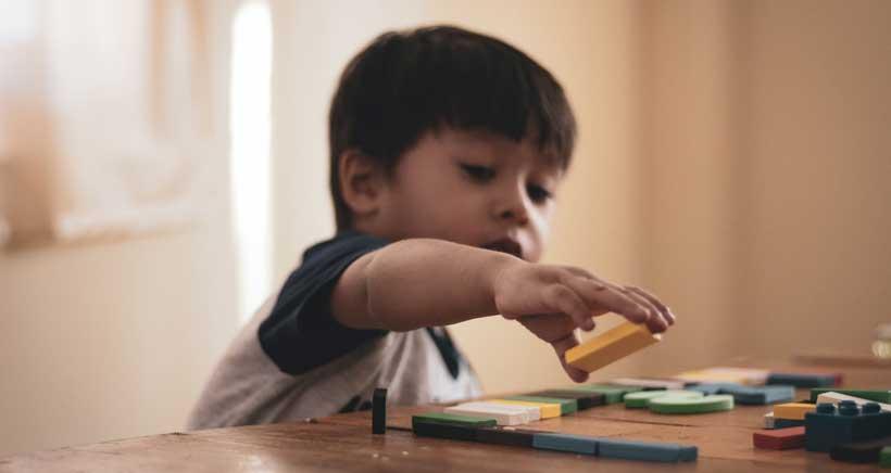 """Los pediatras avisan: """"En Infantil, no más de 5 niños por cuidador y clase"""""""