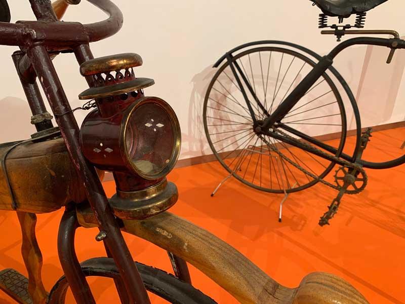 A pedales por la historia Casa de las Ciencias
