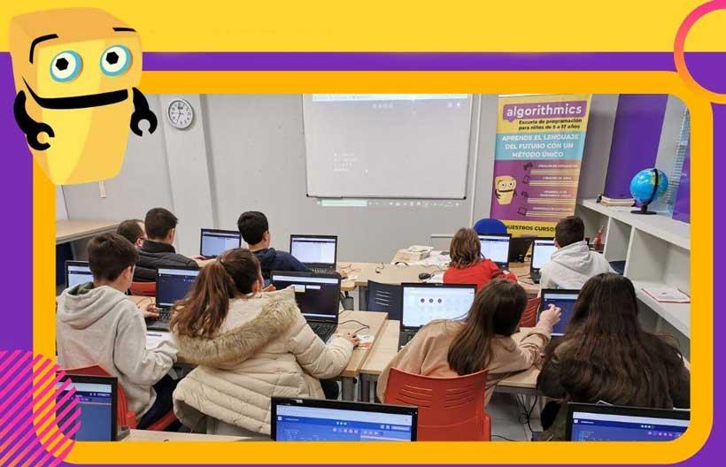 """Desde casa o en Mecarapid, aprende a programar con """"Algorithmics"""""""