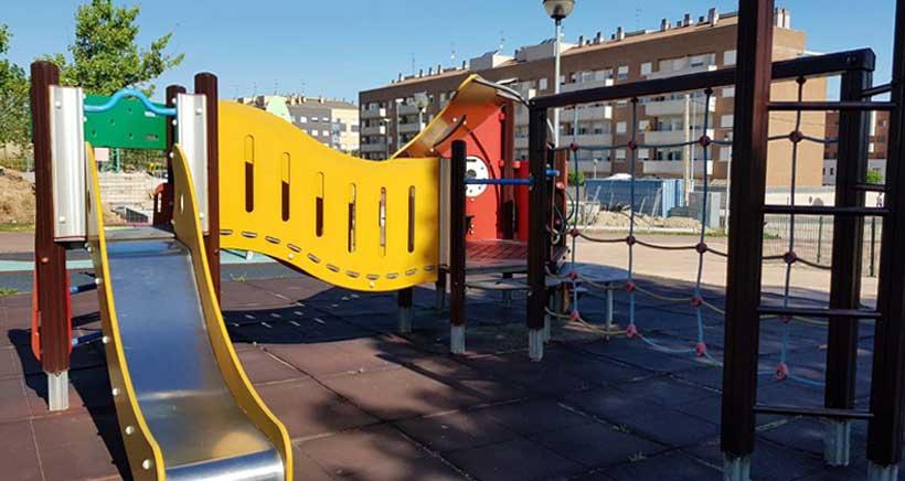 Los parques infantiles y las canchas deportivas vuelven a estar operativos
