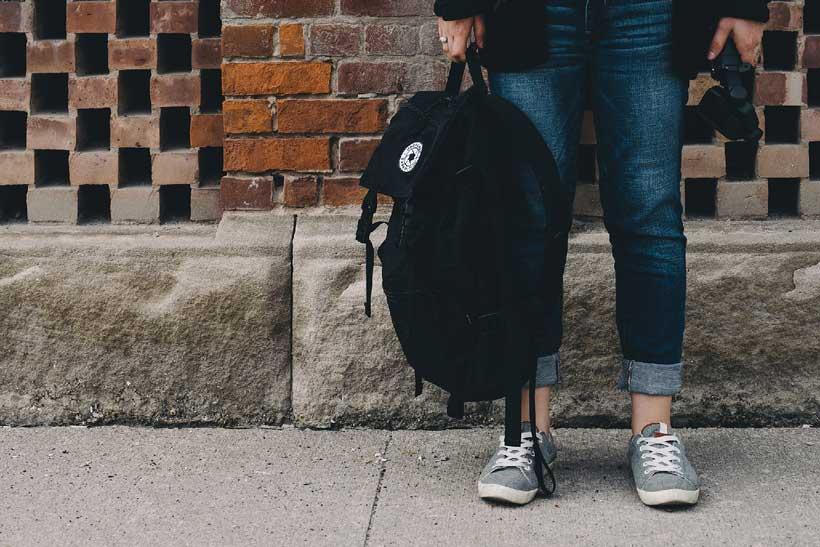 """Los podólogos advierten: """"Es más importante cambiar de calzado que de mochila o estuche"""""""