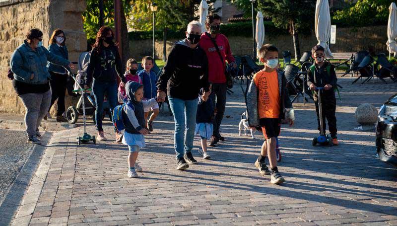El colegio de Ollauri abre sus puertas tras más de 20 años cerrado