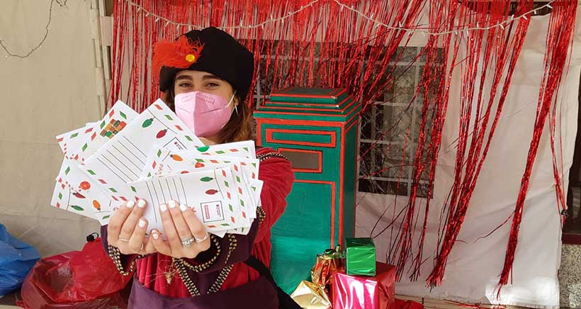 Los pajes de los Reyes Magos recogen las cartas de los niños y niñas de Logroño