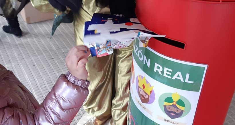 recogida-cartas-pajes-reales2