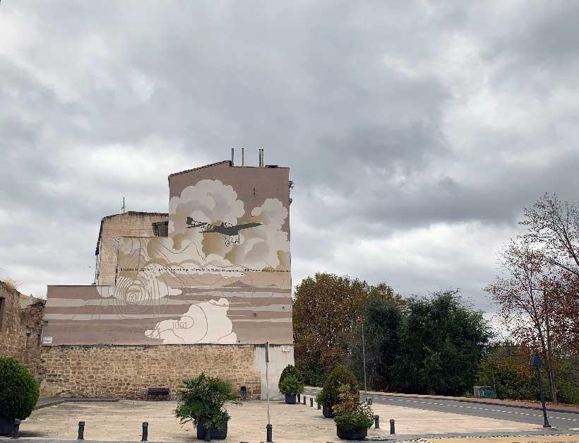 La calle es un museo (6ª parada): el pájaro de metal que sobrevoló Logroño