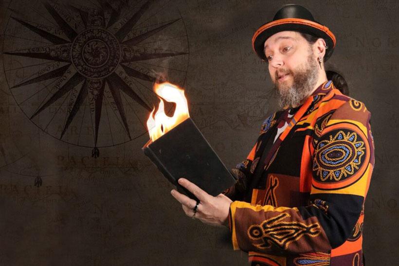 """""""El cuentista mágico"""", cuentos, magia y kamishibai en Sala Negra"""