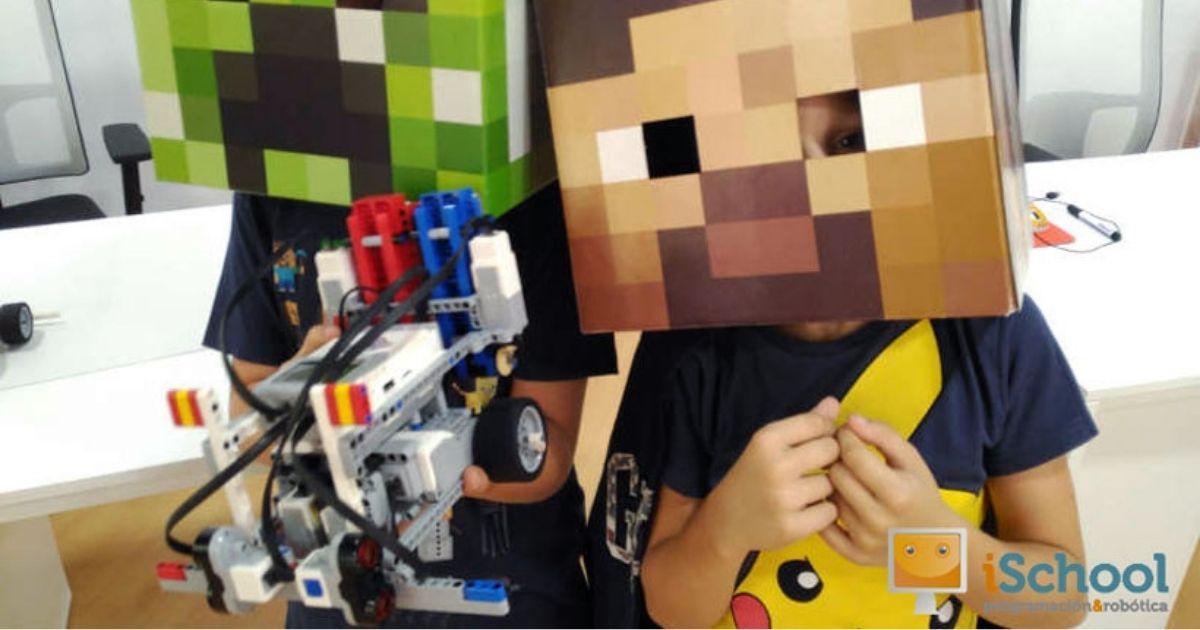 ischool_minecraft_academy1