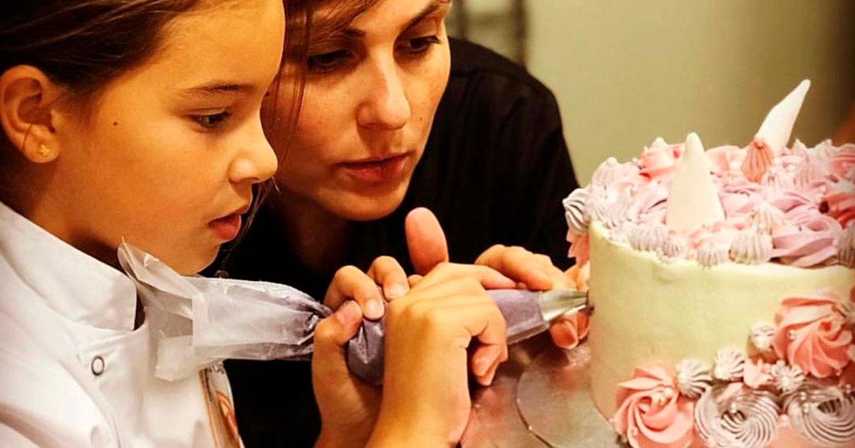 Aprende pastelería creativa y cocina fácil este verano en El Garito