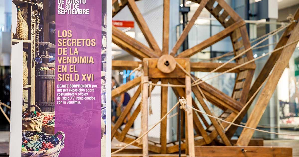 El Centro Comercial Berceo muestra la vendimia en el siglo XVI