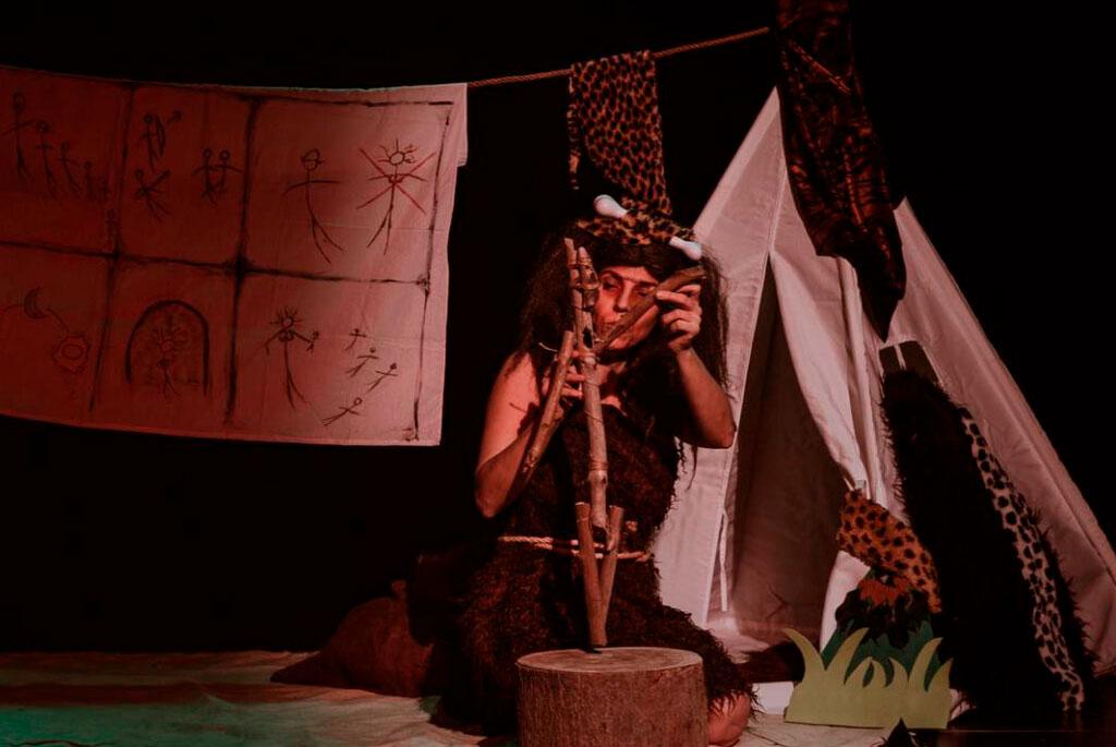 cuentos-desde-la-caverna sala negra cafe teatro