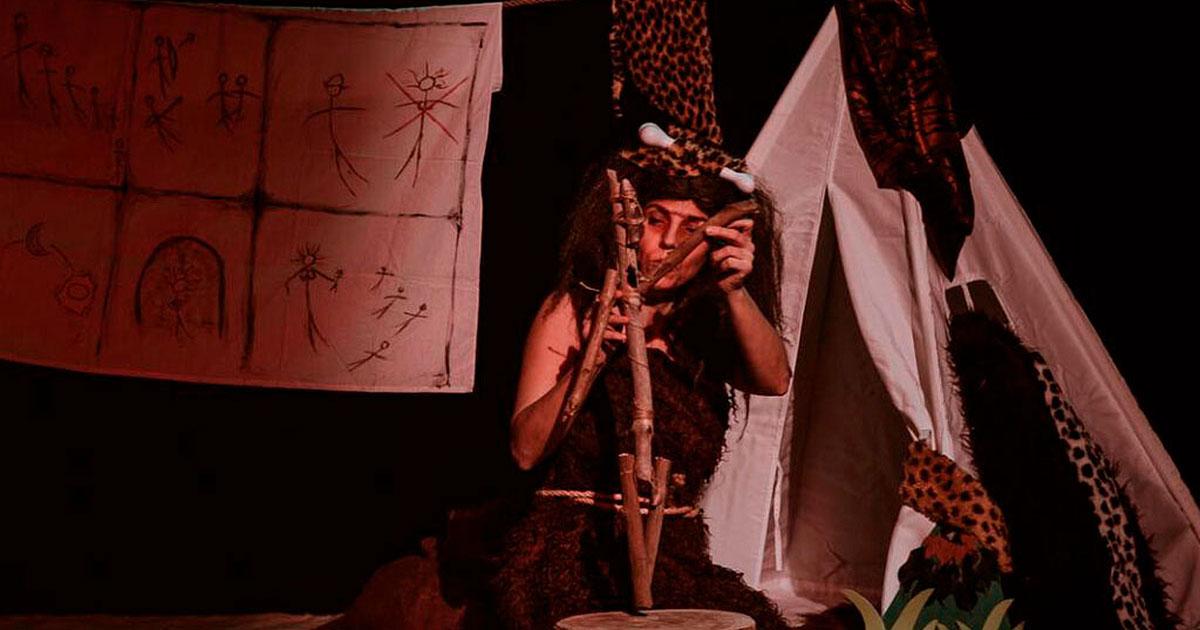"""""""Cuentos desde la caverna"""", teatro para niños y niñas en la Sala Negra"""