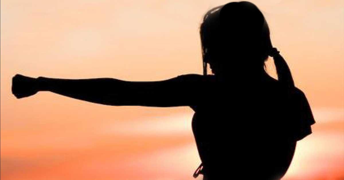 Taller de autoprotección y defensa personal para mujeres y adolescentes